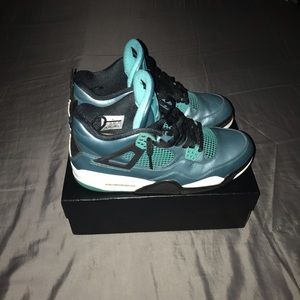 Air Jordan 4 Teal/30 Anniversary